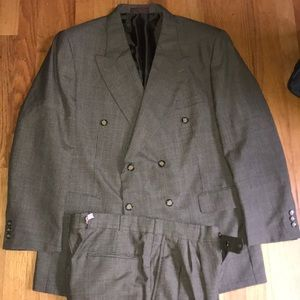Men's double breasted Shepherd's check suit